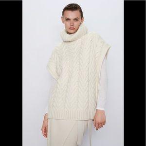 Zara Cable Knit Vest M